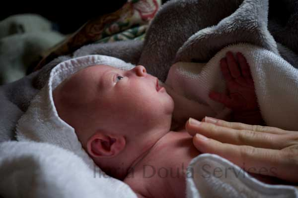 Postpartum doula support helps you transition to life as a new family in the weeks after birth.