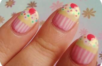 Nail Art, cos'è dove è nata: creazioni dolci cup cakes
