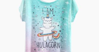 t-shirt con unicorno