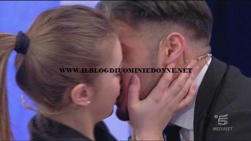 Alessia Cammarota e Aldo Palmeri il bacio
