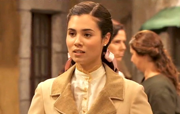 Attrice di il Segreto Loreto Mauelon