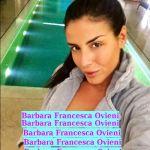 Barbara Francesca Ovieni pronta a prendere l'aereo