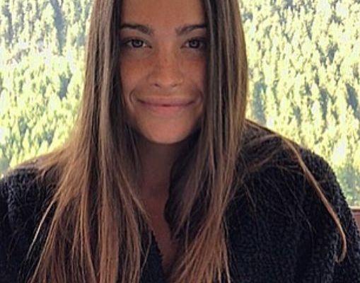 La corteggiatrice Vittoria nel video di Andrea Damante