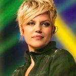 """Manuela Villa vincitrice isola dei famosi 2007 dice :""""è in mano a gente che non sa fare il proprio mestiere"""""""