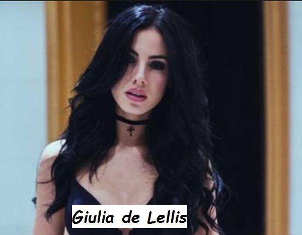 Corteggiatrice Giulia de Lellis