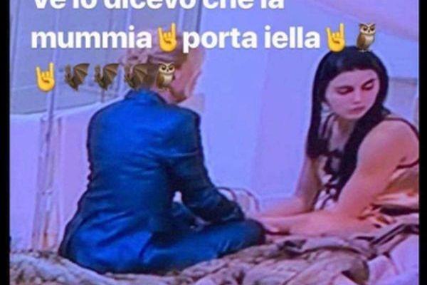 Rossella Intellicato prende in giro Tina per la scelta di  Teresa
