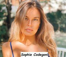 Sophie Codegoni nuova tronista di Uomini e donne primo piano del suo bellissimo volto