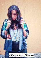 Brand giacca e pantolini di jeans di Elisabetta Simone
