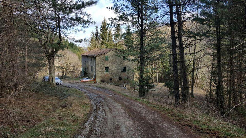 A tredozio si sta costruendo la casa degli scout - Idea casa ravenna ...