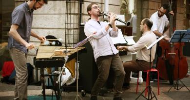 Cidnewski Kapelye - Musica nelle Aie