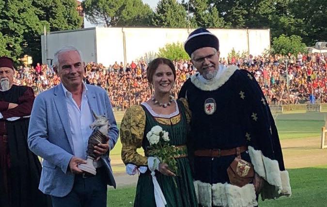 Niballo: dall'araldo alla dama ecco i premiati del corteo storico