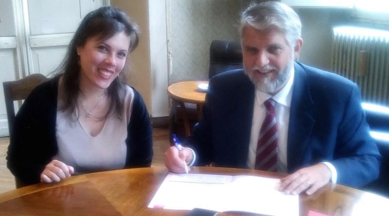 Firma sindaco carta diritti Sclerosi multipla - Copia