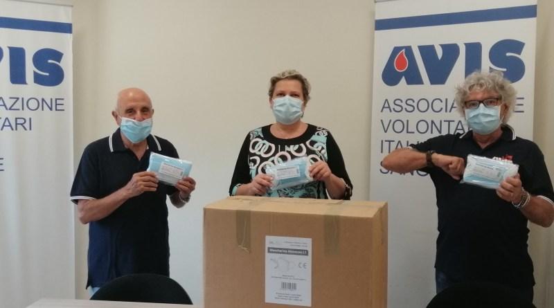 Avis Faenza dona 2mila mascherine ai medici del distretto