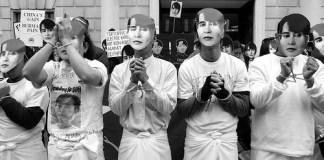 Manifestazione a favore di Suu Kyi