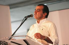 Il candidato Oscar Ivan Zuluaga.