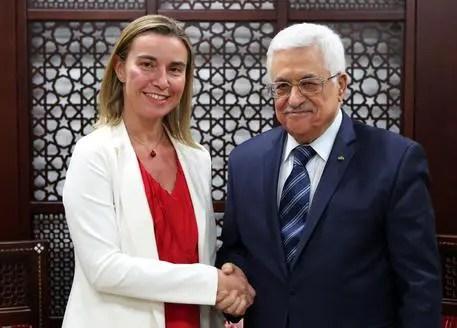 """Federica Mogherini, nuova """"Lady PESC"""", con Abu Mazen"""