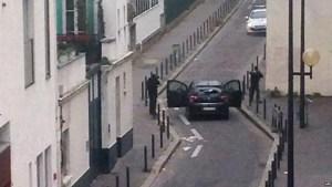 I terroristi sparano verso una pattuglia della Polizia |Fonte: BBC