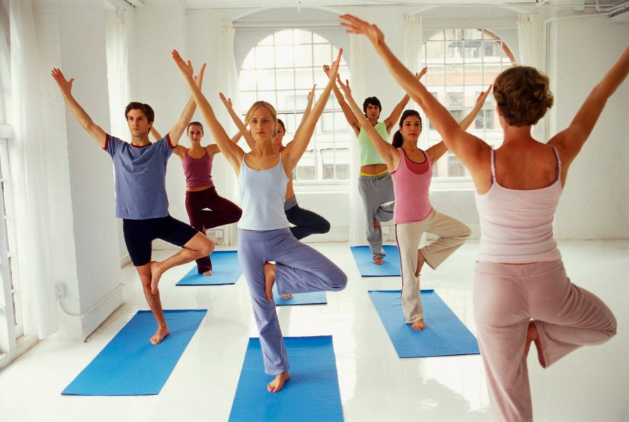 Treatment-of-10-Yoga-Poses-Better-Help-Your-Back-Pain