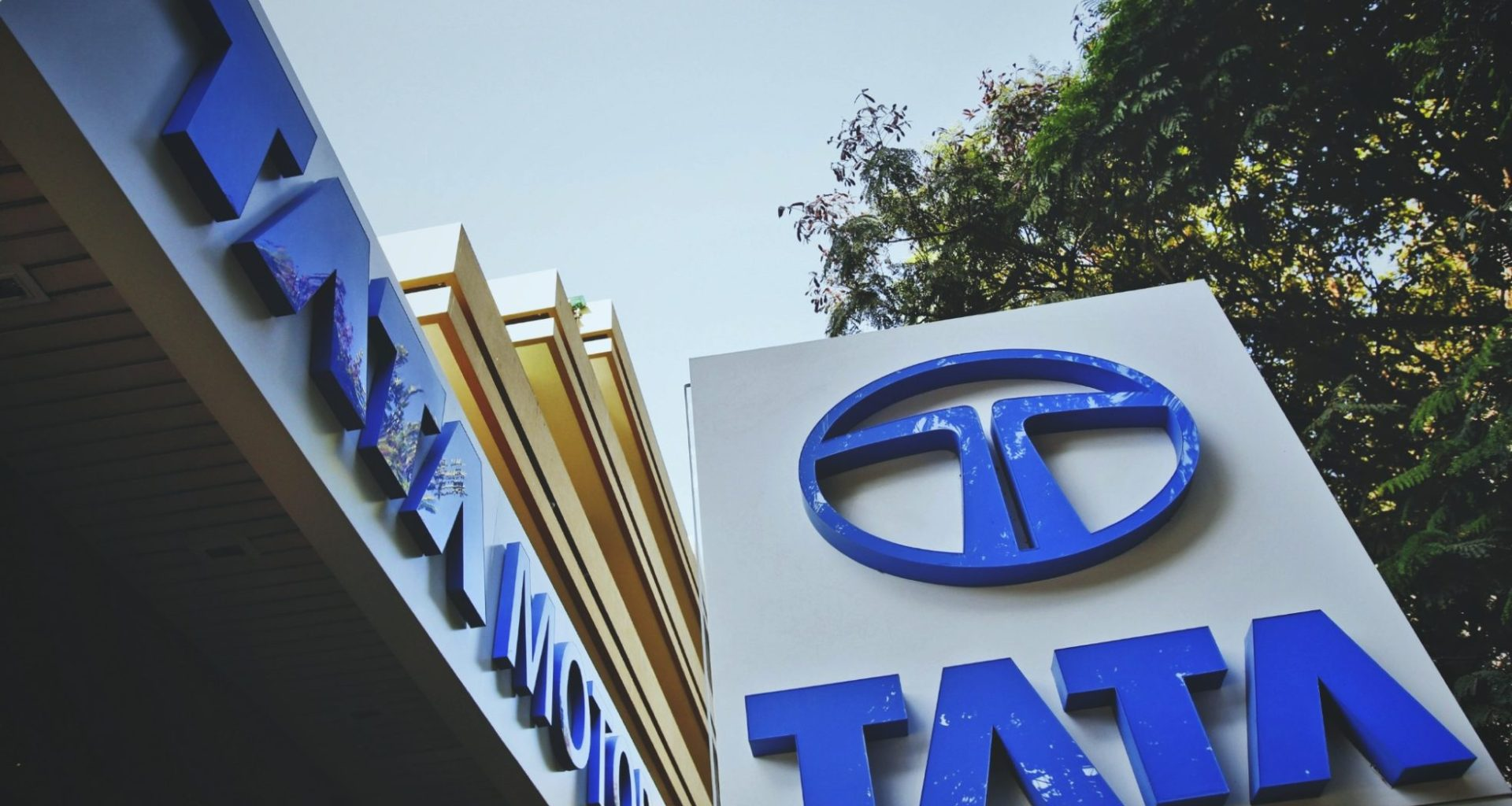 Tata Motors Acquisition of Jaguar and Land Rover for Case Study - ilearnlot
