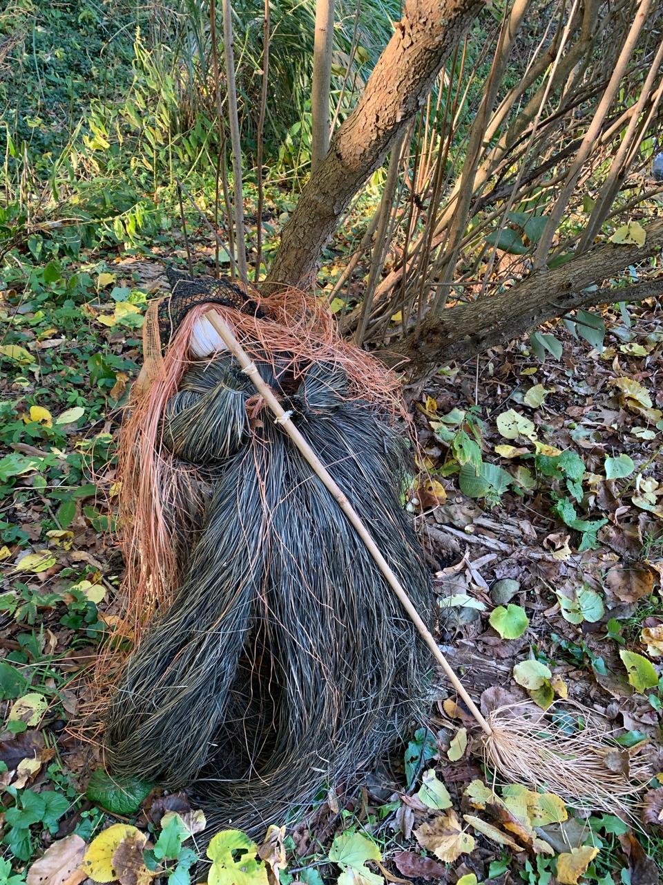 hairy witch garden decoration