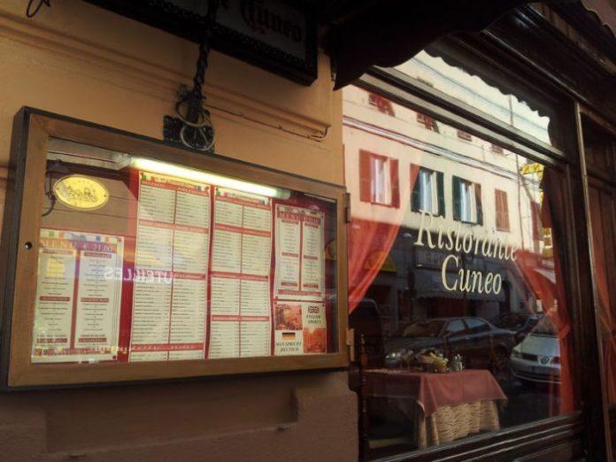ristorante-cuneo_menu-esterno