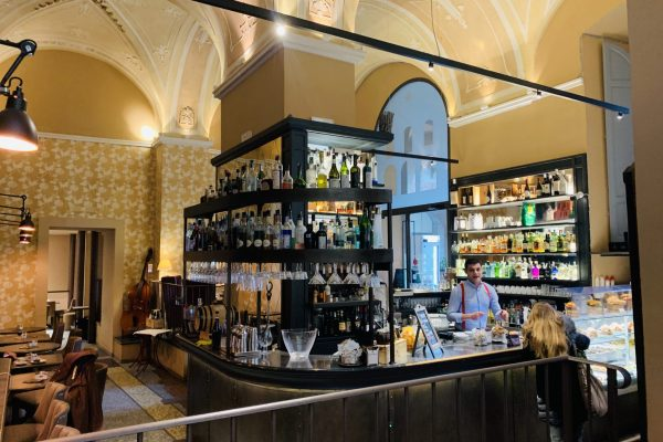 frari delle logge prato cocktail bar