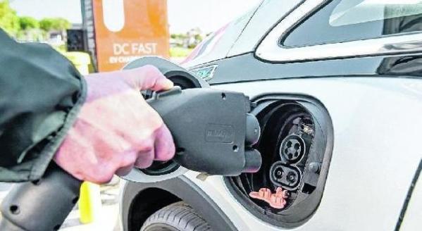 Auto elettriche, scia di dubbi