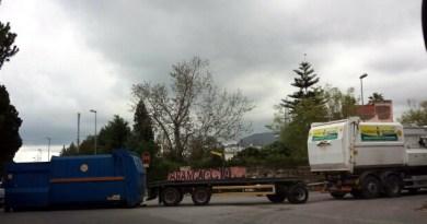tir capovolto in viale Regione Siciliana a Palermo