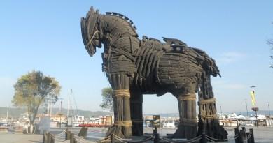 Il Cavallo di Troia usato sul set del film Troy