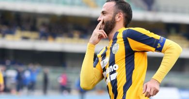 Giampaolo Pazzini a segno con il Verona