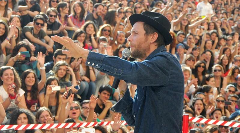 Musica, gli album in uscita per le feste. Da Jovanotti agli U2, fino ad arrivare a Cristina D'Avena. E una serie di special edition e cofanetti celebrativi