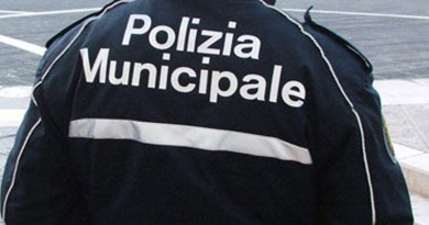 Polizia Municipale, incidente