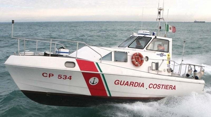 Ha un malore mentre sta pescando con gli amici e cade in mare: un uomo di 63 anni è morto a Campobello di Mazara, in provincia di Trapani