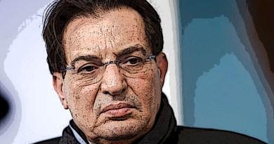 """Secondo Rosario Crocetta, l'unica via per il partito democratico sarebbe un sostegno esterno a un governo guidato da Luigi Di Maio. """"Se il Pd andasse a destra - aggiunge - sarebbe la fine""""."""