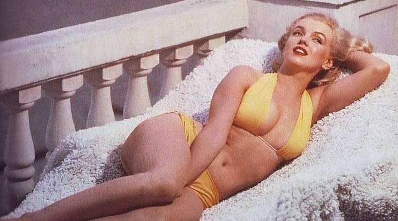 Marilyn Monroe in bikini