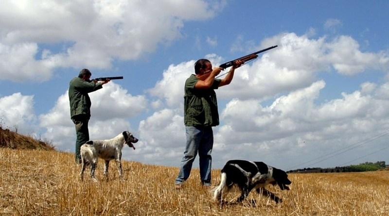 cacciatore spara e uccide compagno