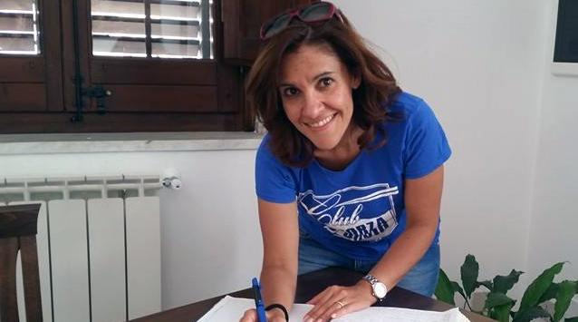 """Cassonetti davanti alla lapide di Mario D'Aleo. Sabrina Figuccia: """"Una vergogna"""""""