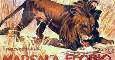 Poster del Marsala Florio con l'immagine del leone che beve, come nella statua dello scultore Benedetto De Lisi davanti la tomba di Vincenzo Florio, progettata da Giuseppe Damiani Almeyda