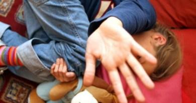 Droga e rapporti sessuali con bambini, arrestato un uomo nel Palermitano
