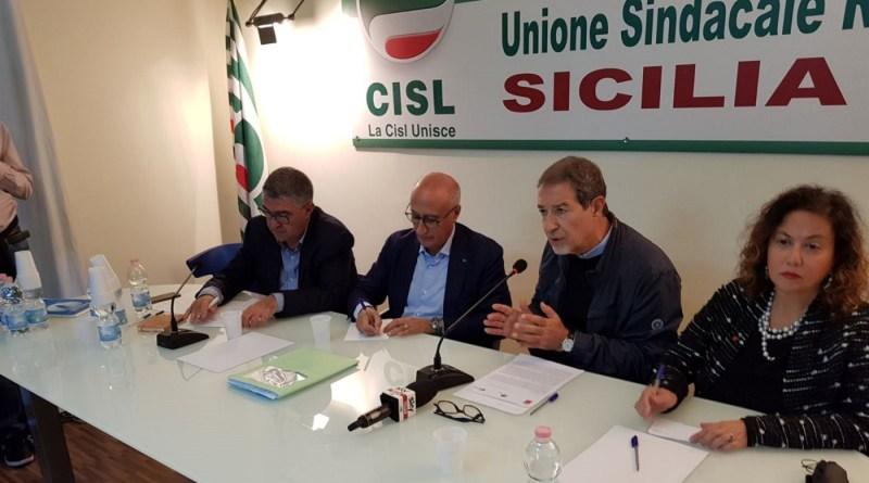 """Musumeci incontra i sindacati: """"La formazione in Sicilia è una fogna"""""""