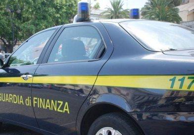 Rubavano gasolio in Libia per trasportarlo in Sicilia e venderlo: scoperta banda