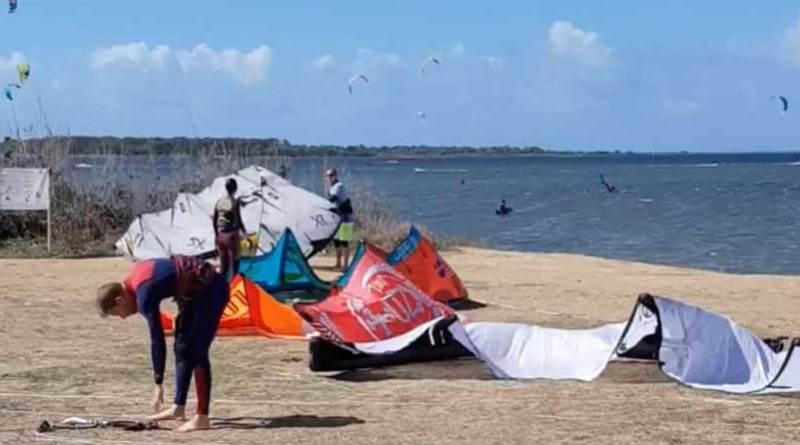kitesurfing a Marsala