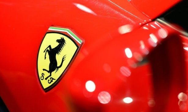 Ferrari falsa, Ragusa, denunciato, era una Toyota