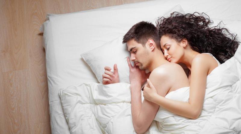sesso prima di dormire