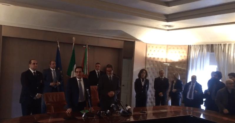 """Musumeci s'insedia a Palazzo d'Orleans. E augura """"buon riposo"""" a Crocetta"""