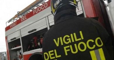 Palermo, cornicione si stacca da palazzo nell'area pedonale di via Maqueda