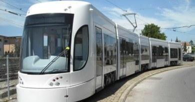 Un uomo di 57 anni è stato investito dal tram in transito in viale Regione Siciliana, all'altezza di via Perpignano, a Palermo