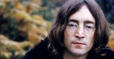L'8 dicembre del 1980 l'omicidio di Lennon, l'anima rivoluzionaria dei Beatles