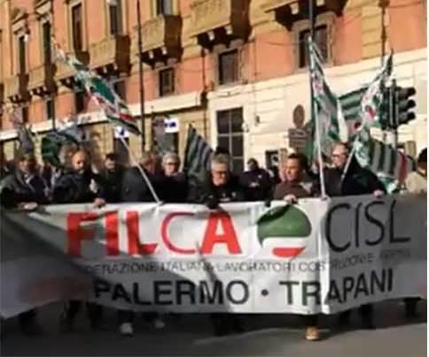 Palermo, Edili in corteo per il rinnovo del contratto e le pensioni