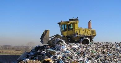 """Emergenza rifiuti, la protesta di 50 sindaci: """"Servono proposte attuabili e concrete"""""""